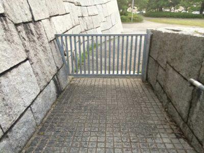 狭山池施錠