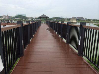 狭山池木造の橋