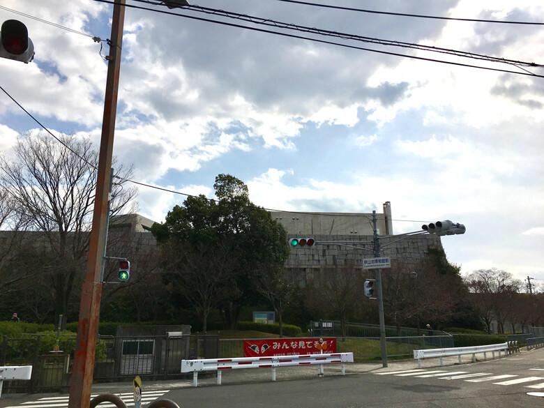 狭山池博物館前信号