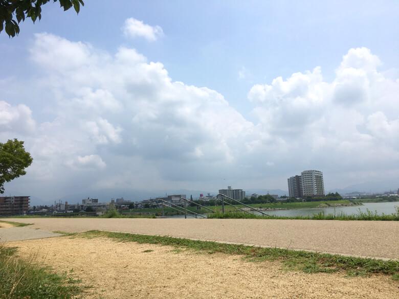 雲もくもく、太陽ピカーン☆だポン(*^ω^*)
