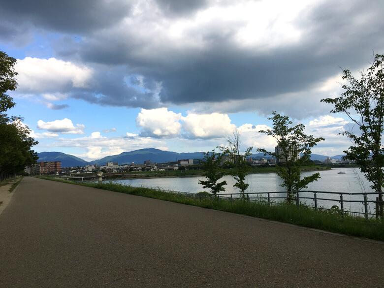 今日は遠くの山が、キレイに見えるポーン☆