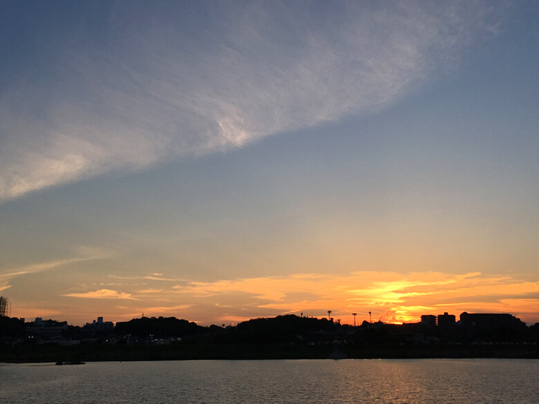 オレンジ色の夕日、キレイだポン(*^ω^*)