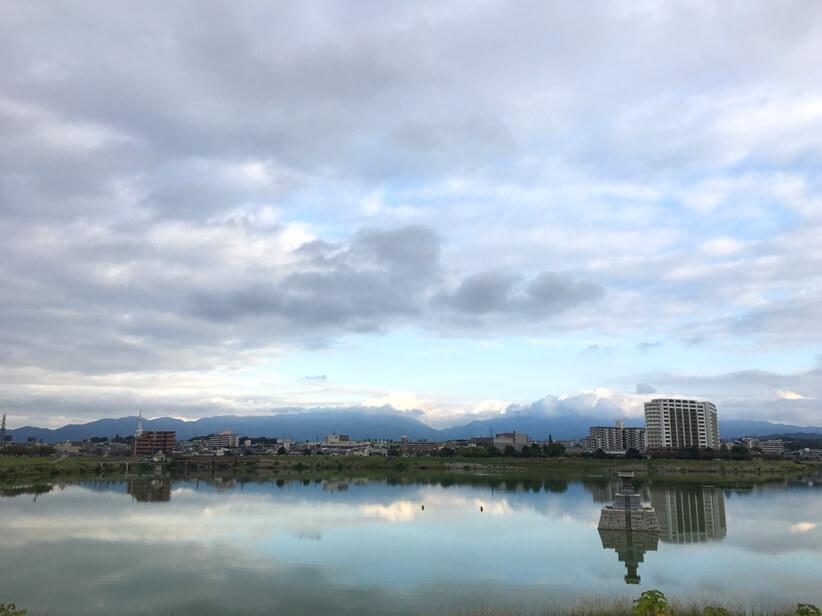 狭山池に、雲うつってるポン☆