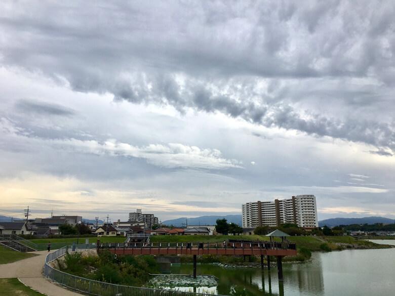 雲もくもく〜♪ 今日も風きもちいいポ〜ン(*^ω^*)