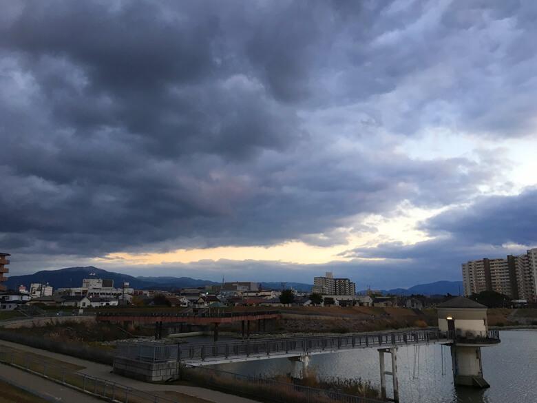 山のてっぺん、白いポ〜ン☆