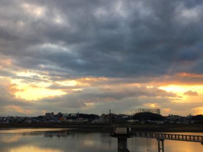 狭山池水鏡夕日