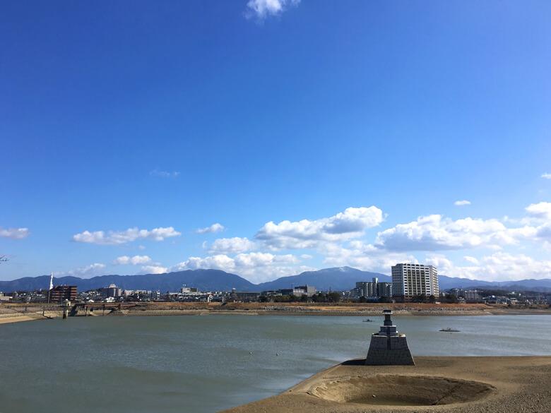 青い空♪ 金剛山、雪だポ〜ン☆