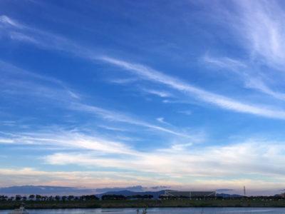 羽のようなふわふわ雲