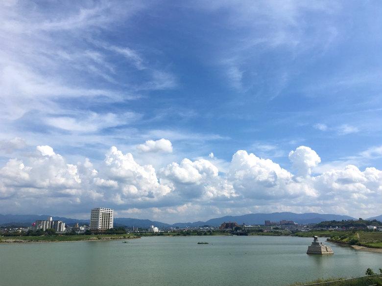 青い空と入道雲がポン☆