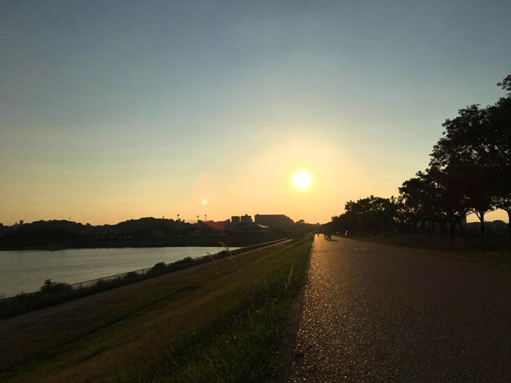 夕日がピカーン☆ 風そよそよ〜♪だポン☆