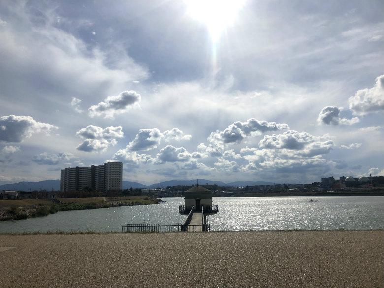 太陽ピカーン☆狭山池キラキラだポンよ〜♪